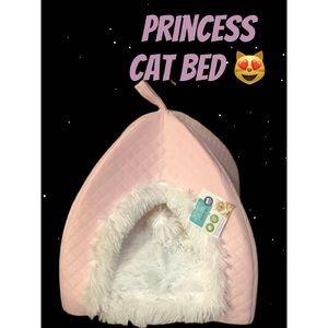 NEW PRINCESS PINK CAT BED